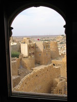 041211011630_towers_of_jaisalmer_fort