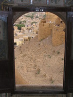 041211011750_construction_on_jaisalmer_fort