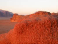 038_red_rock_in_desert