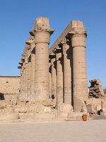 008_columns_of_luxor_temple