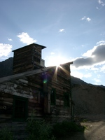 07190069_roof_of_the_old_mine