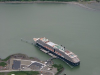 06140090_holland_america_cruise