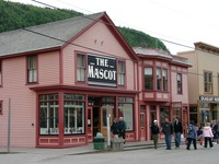 06150132_the_mascot_saloon