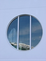 06170198_window_and_reflection