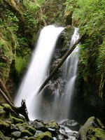06290030_waterfall_of_strathcona