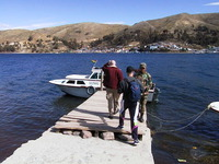 002_take_the_little_ferry_across_lake_titicaca
