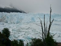 11160025_near_the_glacier
