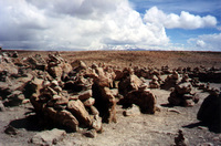 004_rock_piles_for_strength