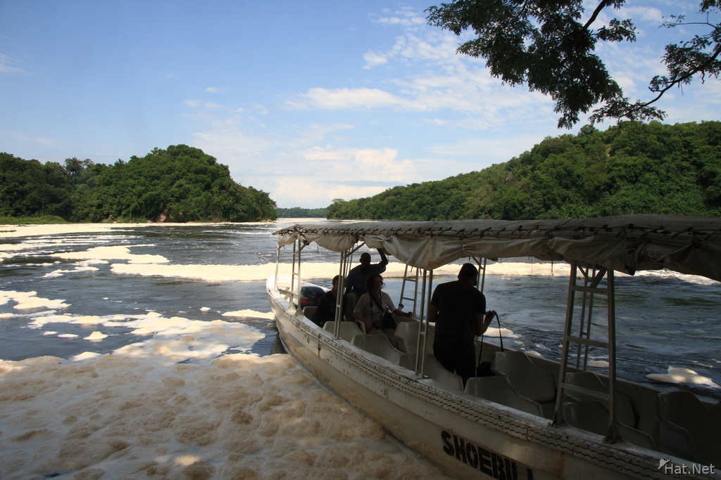 boat to murchison falls