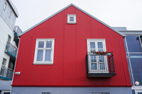 20160723190342_red_house