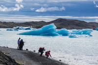 20160728152235_Jokulsarlon_Glacier_ice_photographer