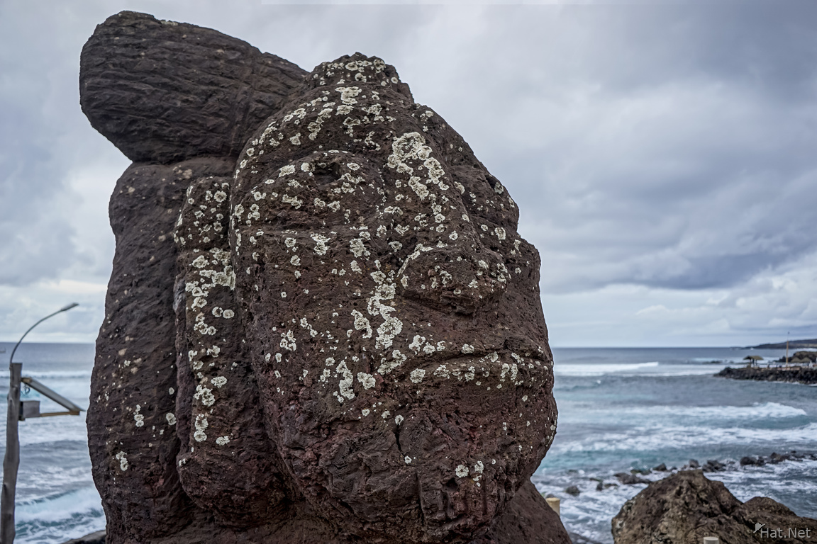 woman moai head