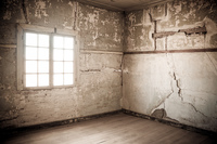 20151007120055_Humberstone_creepy_wall